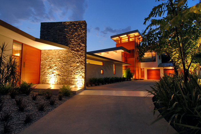 marketing high end homes with video