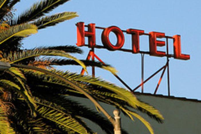 hotel foreclosure bankruptcies